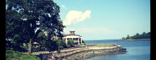 Glen Island Park & Beach is one of My Places.