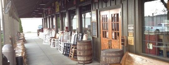 Cracker Barrel Old Country Store is one of Kel's Queendome ;-).
