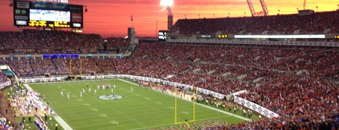 EverBank Field is one of Florida, FL.