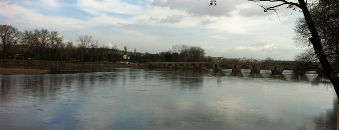 Meriç Nehri is one of Edirne Rehberi.