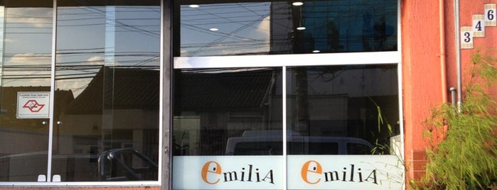 Restaurante Emília is one of Restaurante.