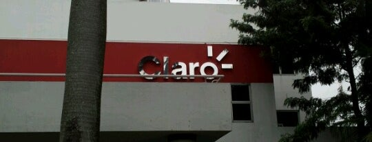 Claro Paraguay - Edificio Corporativo is one of Favoritos.