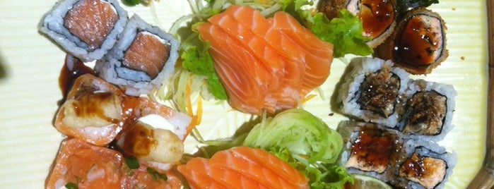 Nakoo Sushi is one of Restaurante Japonês.