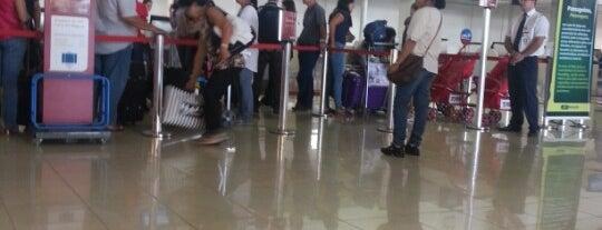 Check-in TAM is one of Aeroporto de Londrina (LDB).