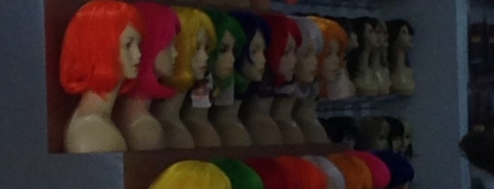 wigs & hair Pelucas is one of Df.