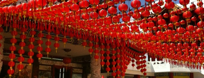 Thean Hou Temple (天后宫) is one of malaysia/KL.