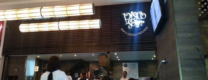 Pisco Sour is one of RESTAURANTES MEDELLIN.