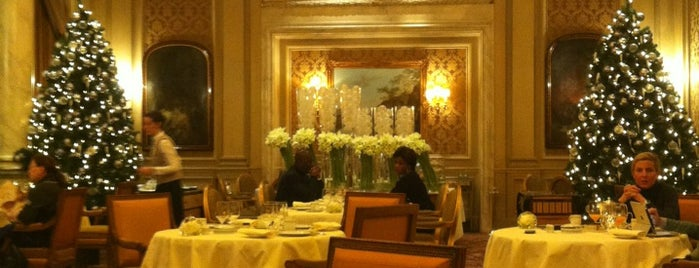 Le Cinq is one of Restaurants.