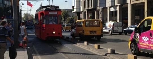 Çarşı / Osmanağa Tramvay Durağı is one of T3 - Tramvay Durakları.