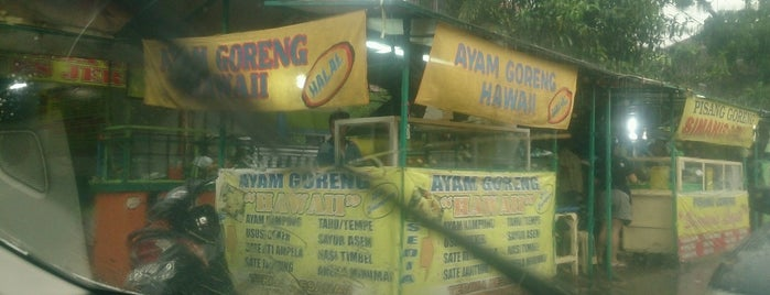 Ayam Goreng Hawaii is one of Bandung Food Foursquare Directory.
