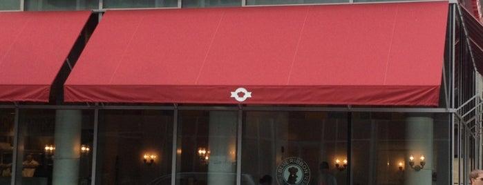 Blue Ribbon Fried Chicken is one of Manhattan Essentials.