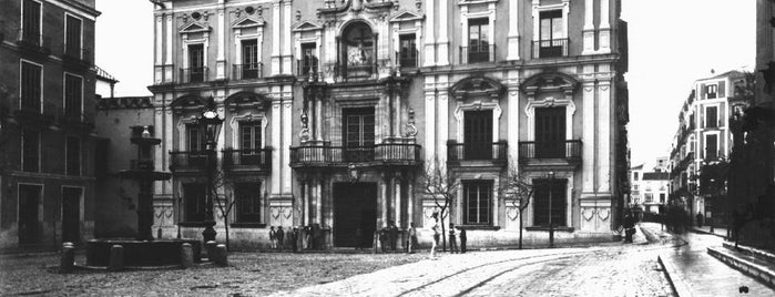 Plaza del Obispo is one of Lugares Históricos en Málaga - Historic Sites.