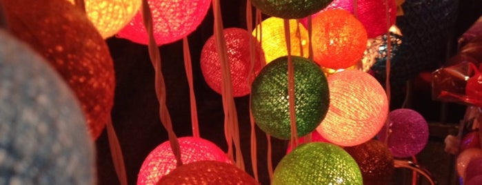 Chiang Mai Night Bazaar is one of Greater Chiang Mai.