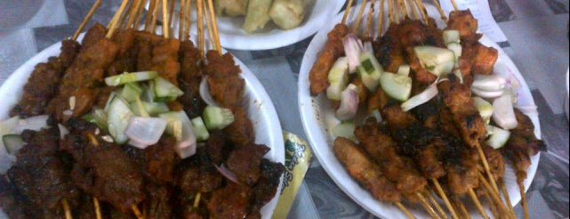 Willy Satay is one of KL Cheap Eats.