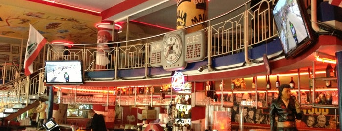Route 66 Diner is one of Things to make and do.