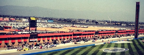 Auto Club Speedway is one of Best Nascar Race Car Tracks.