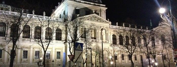 Universität Wien is one of Vienna.