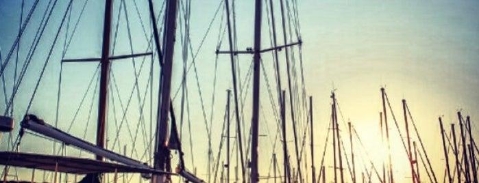Çeşmealtı Limanı is one of Özledikçe gideyim - Tatil.