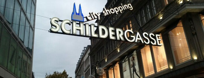 Schildergasse is one of reasons why I love Cologne.