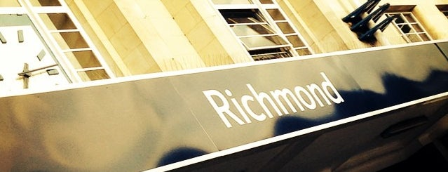 Richmond London Underground and London Overground Station is one of District Line.