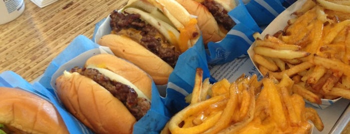 Elevation Burger إلڤيشن برغر is one of Dubai Food 6.
