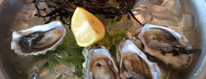 Seafood Peddler Restaurant & Fish Market is one of Food.