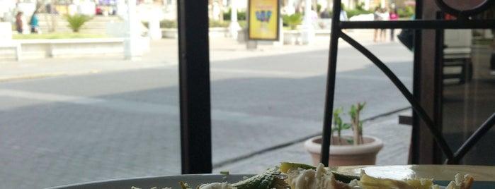 Mi Antiguo Café is one of La Guía.
