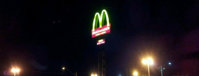 McDonald's is one of Coxinha ao Caviar.