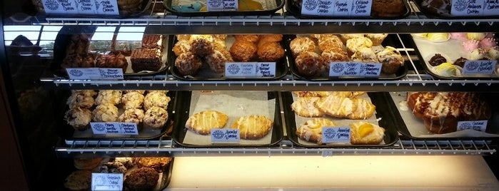 Bread Winners Café & Bakery is one of DFW -More Great Food.