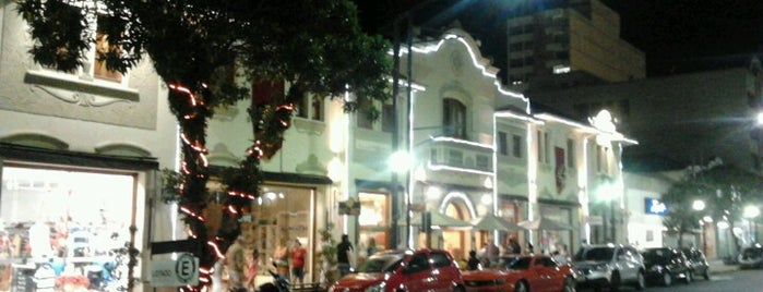Sá Rosa Café is one of Lugares para ir!.