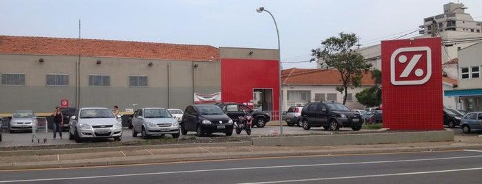 DIA Supermercado is one of Supermercados.