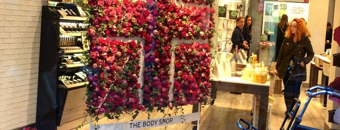 The Body Shop (Kalverstraat) is one of Must Visit in Amsterdam.