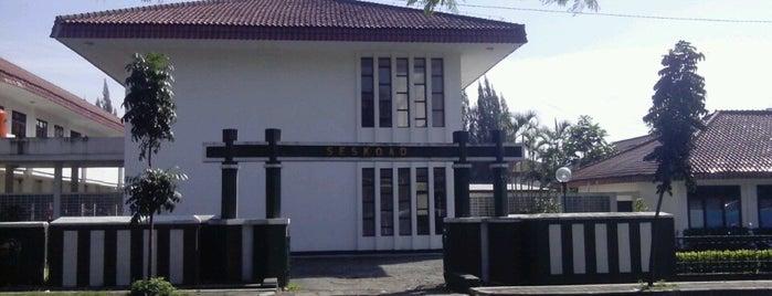 Gelanggang taruna is one of Favorite place.