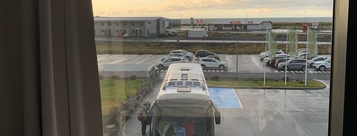 Icelandair Hotel Vik is one of Locais curtidos por Olivia.