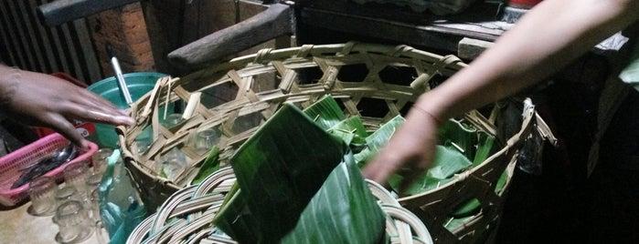 Nasi Jinggo Diponegoro is one of Bali - Kuliner.
