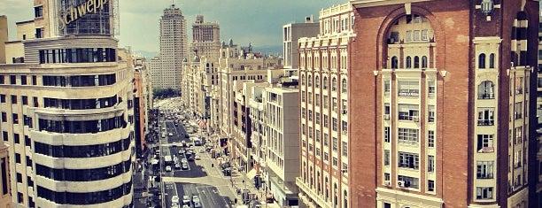 Gran Vía is one of Volta ao Mundo oneworld: Madrid.