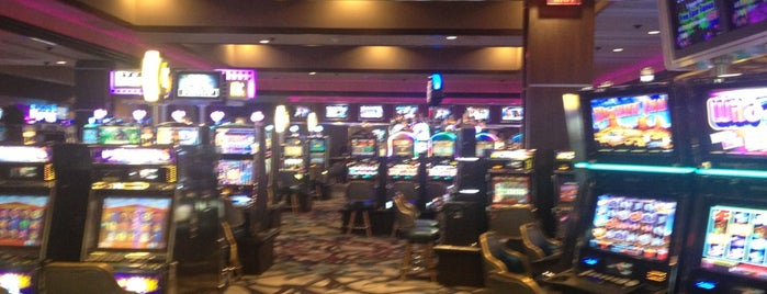 Harrah's Casino is one of Hotels and Resorts.