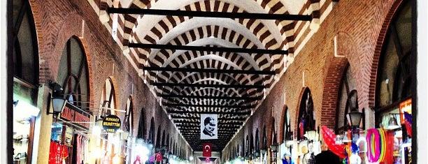 Alipaşa Çarşısı is one of Gezmece ve Yemece.