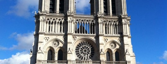 Cathedral of Notre Dame de Paris is one of Must-See Attractions in Paris.