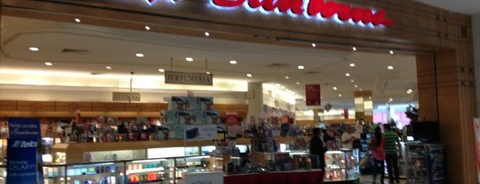 Sanborns is one of compras.
