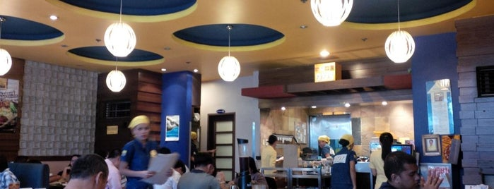 North Park Noodles is one of dine in.