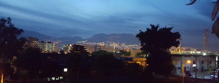 El Poblado is one of Sitios Favoritos.
