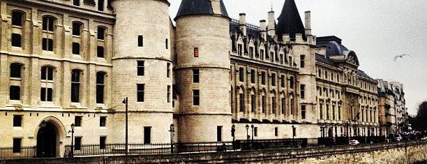 La Conciergerie is one of Paris 🇫🇷.