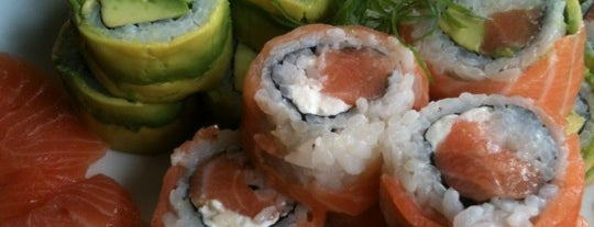 Mosutoro Sushi is one of picadas pa' comer weno.