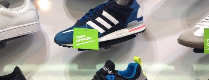 adidas is one of Tiendas en PLAZA.