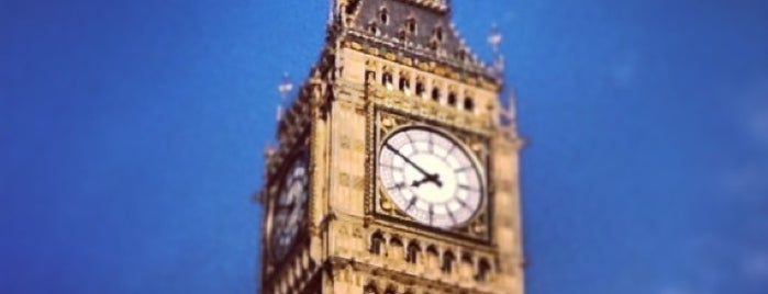 Big Ben (Elizabeth Tower) is one of M!.