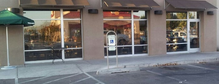 Starbucks is one of Must-visit Coffee Shops in Albuquerque.