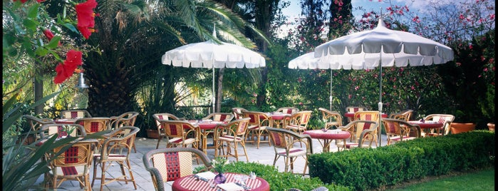 Chateau Marmont Restaurant Patio is one of I Want Somewhere: Hotels & Resorts.