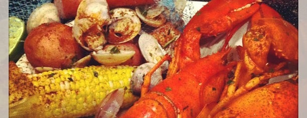 Joes Crab Shack is one of Restaurant To Do List.
