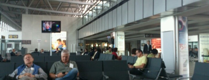 La Aurora International Airport (GUA) is one of Free WiFi Airports 2.